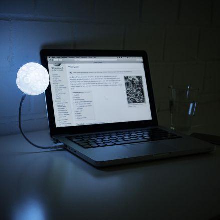 Měsíční lampa do USB